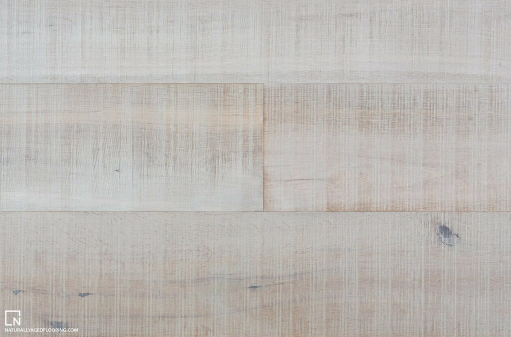 Naturally Aged Engineered Hardwood Medallion Collection - Silver Strand